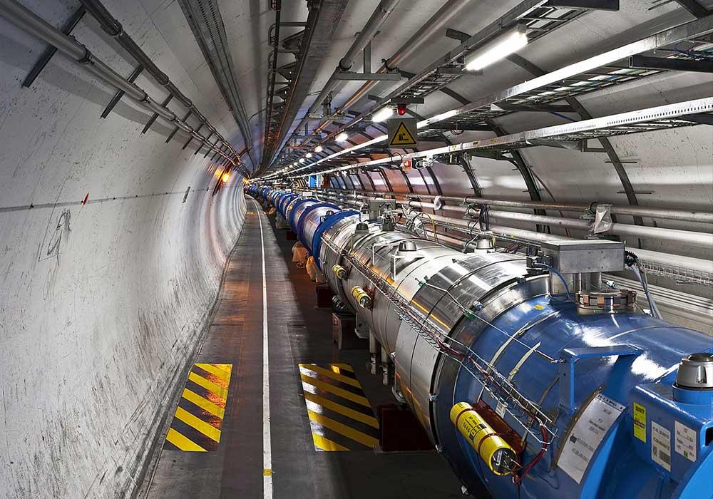 Un mystérieux signal au LHC: bruit ou particuleinattendue ?