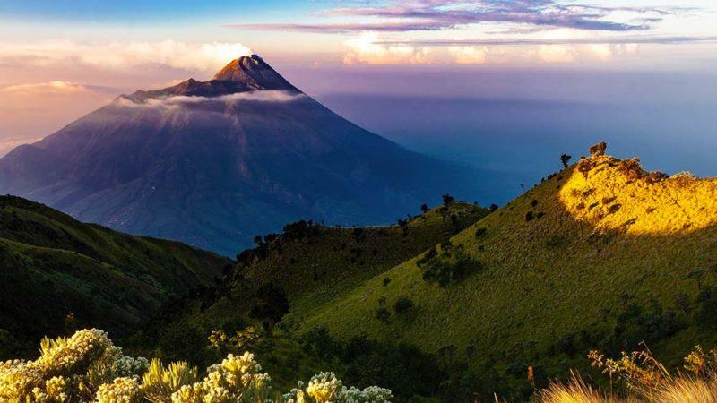 Le calme avant l'éruption volcanique